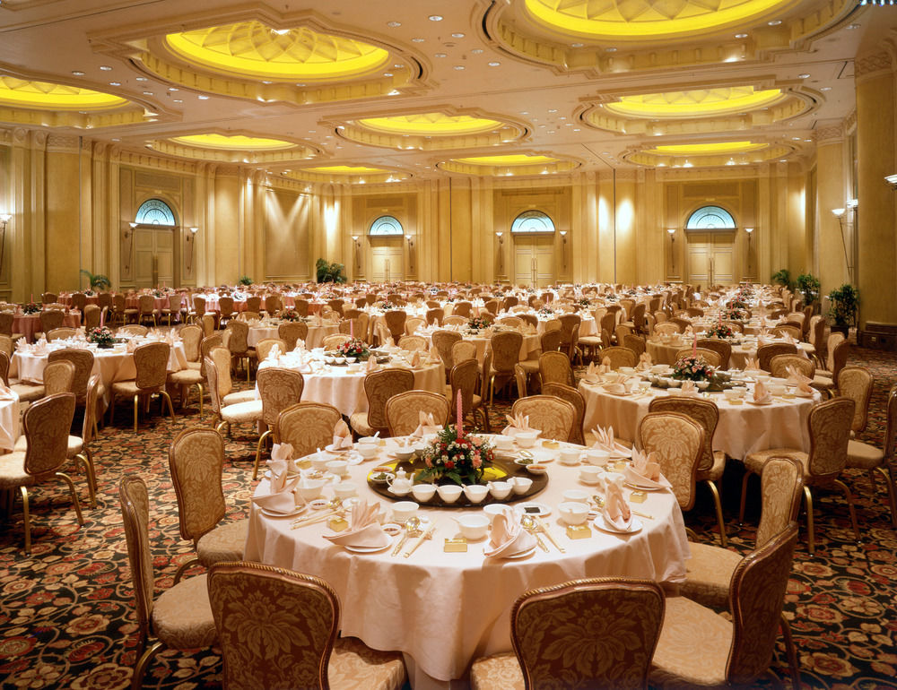 nhà hàng tiệc cưới phong cách châu Âu