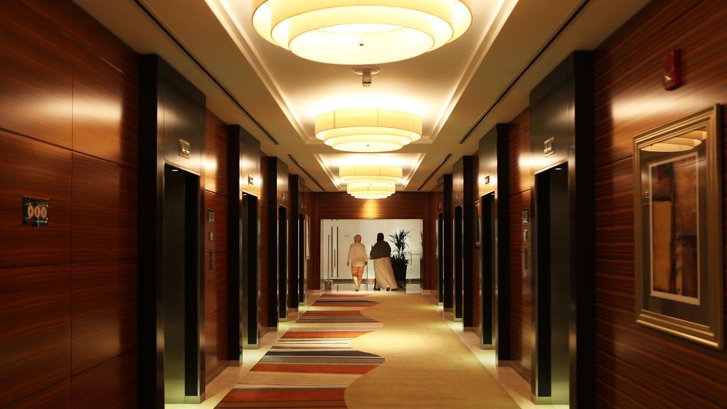 thiết kế hành lang khách sạn hiện đại